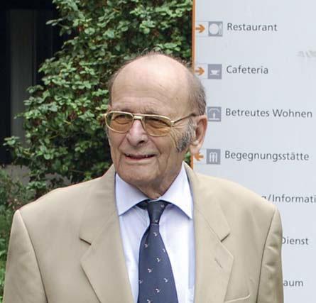 Dr. Wolfgang Dannecker